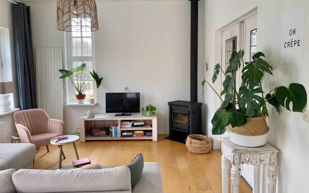 6 propozycji eleganckich lamp do nowoczesnego salonu